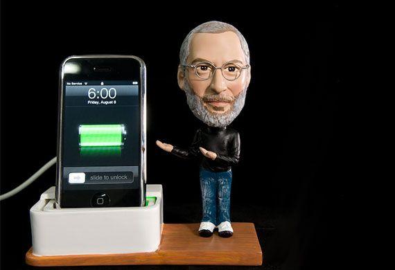 Steve Jobs iPhone dokkoló